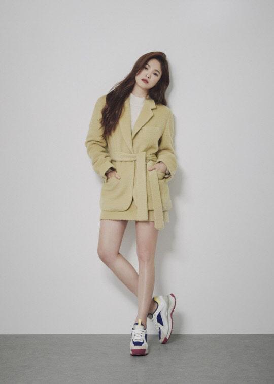 송혜교 화보, 방부제 미모 `여신 강림`